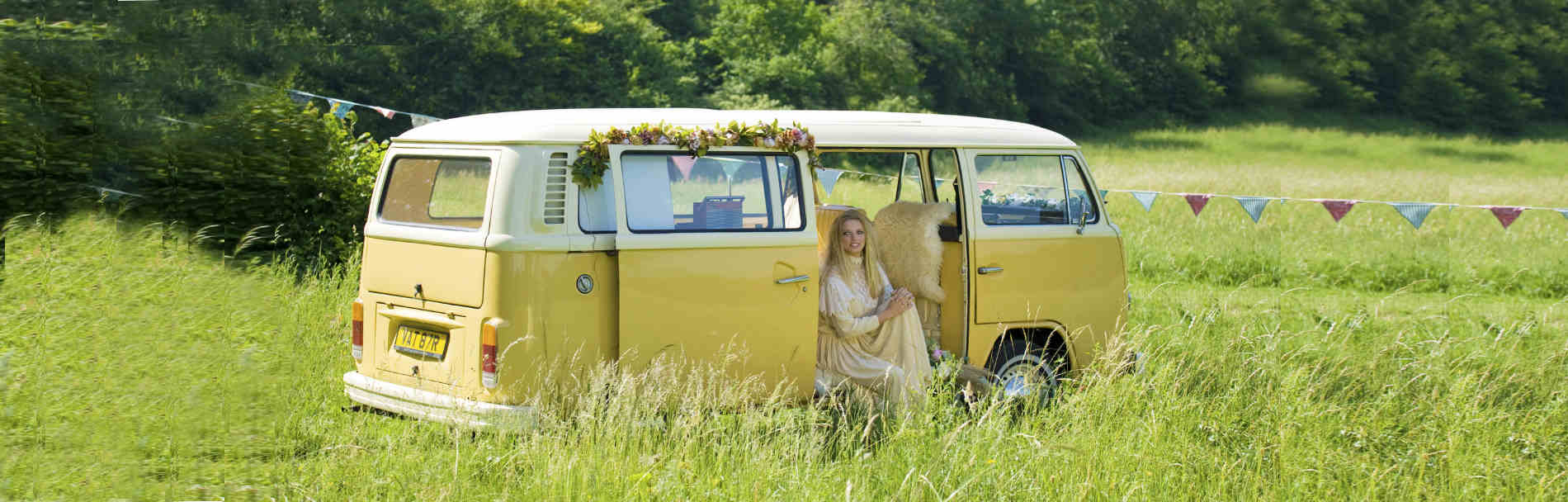 choice of classic campervans to hire surrey buttercupbus