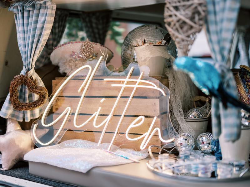 Campervan glitter bar - by buttercupbus.com - Photo credit to Kernwell photography 4